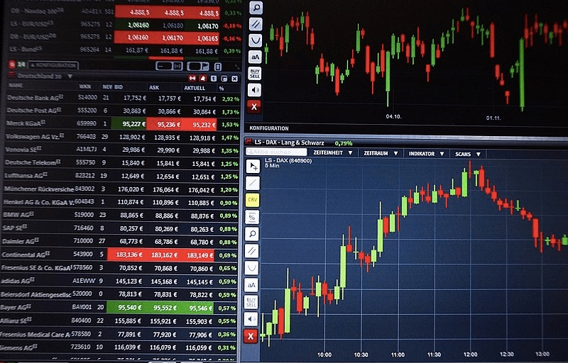 Use signals from professionals for binary trading